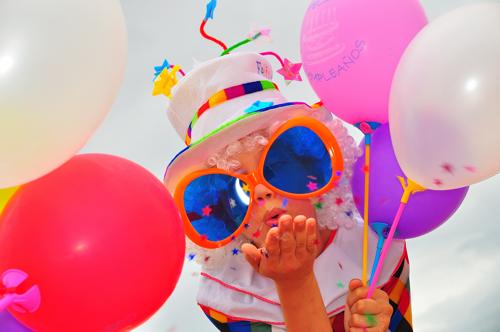 gut gefeiert mit luftballons